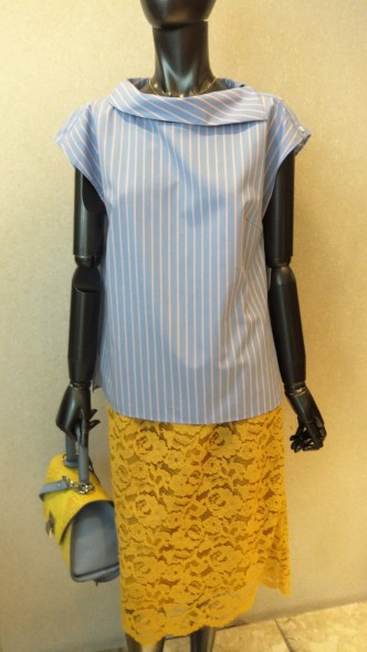 サマートップス新入荷です♪C'sブラウス&CHILLEAカットソー&レースタイトスカート