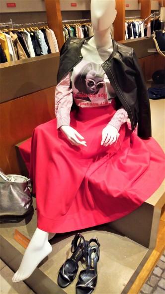 SPRING COLLECTION☆ドラマティックな赤スカートです♡ portcrosサーキュラースカート