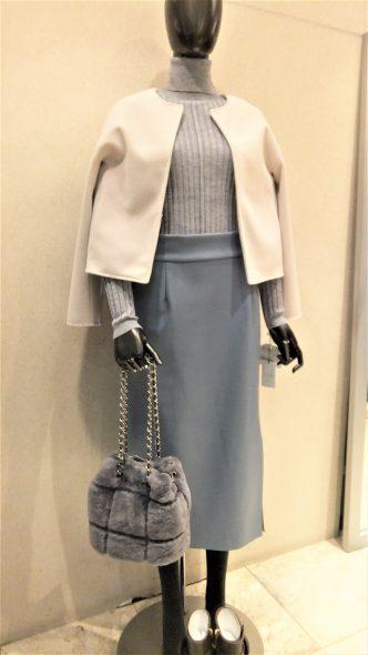 B7 エコレザーロングタイトスカート