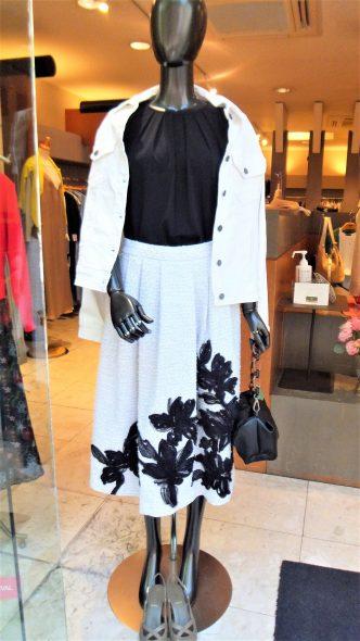 DUAL VIEWコード刺繍スカート&chousonnetteブラックトップス