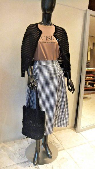 NOUQUEスカート ギンガムチェックフレアー&ラップ風ボタン台形スカート
